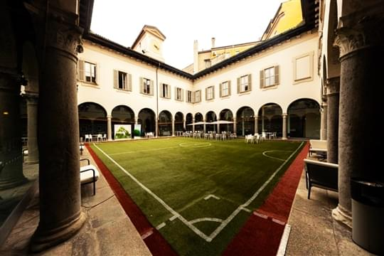erba-sintetica-piccolo-teatro-milano-calcio-city-4